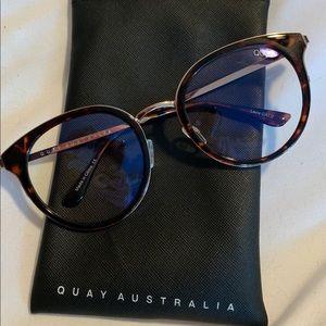 Quay Tortoise Blue Light Glasses